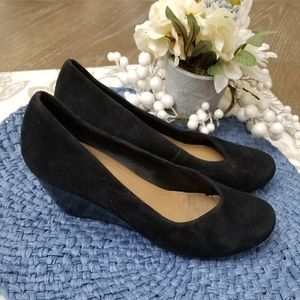 CLARKS Black Suede Career Wedge Size: 8.5